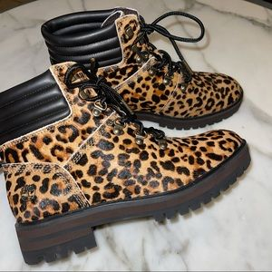 🎉HP🎉 Timberland   London Square Cheetah Print Calf Hair Block Combat Boots